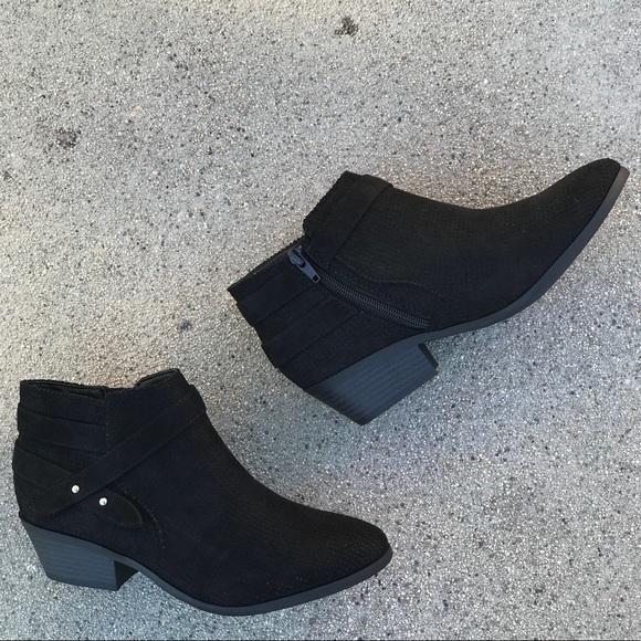 6ce437efca3e3 Soda Shoes   Black Faux Suede Portia 2 Heeled Ankle Booti   Poshmark
